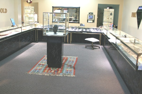 Buckhead jewelry buckhead jewelers fine jewelry stores of for Luxor fine jewelry atlanta ga